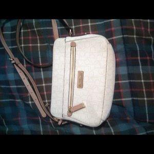 Ladies Calvin Klein shoulder bag